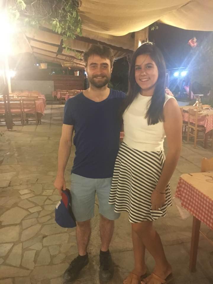 Ο Daniel Radcliffe στην Παραδοσιακή Ταβέρνα Αρτέμιδα της Ψίνθου !